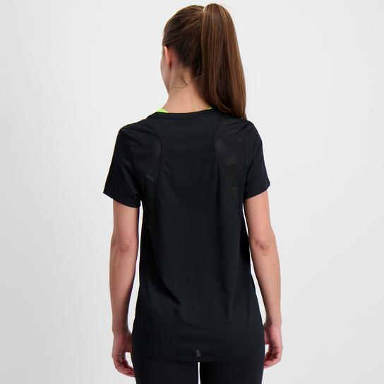 Nike Sportswear Short sleeve Damen Schwarz from NIKE TRAININGSSHURT KURZ on 21 Buttons